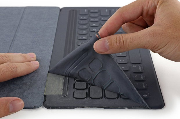 iFixit takes apart the Apple Smart Keyboard