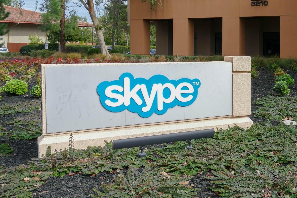 Microsoft seeks Indian customers with exclusive Skype Lite app